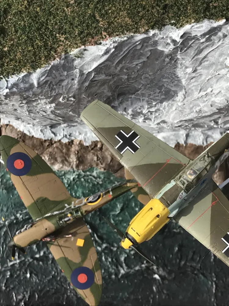 Candore Et Labore Spitfire and Me 109 diorama