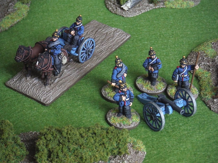 John at Just Needs Varnish Prussian field gun with crew and limber